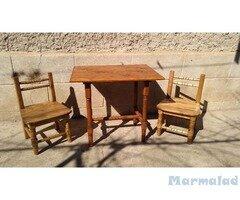 Дървени маси и столчета ръчна изработка