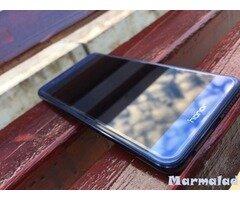 Продавам Huawei Honor 8 с гаранция