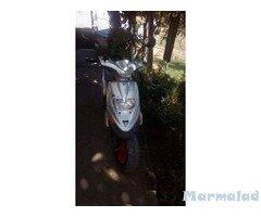 Мотоциклет скутер Пиаджо