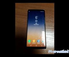 Продавам Samsung Galaxy Note 8 с гаранция 1 година