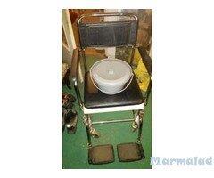 Инвалиден стол с тоалетна Нов